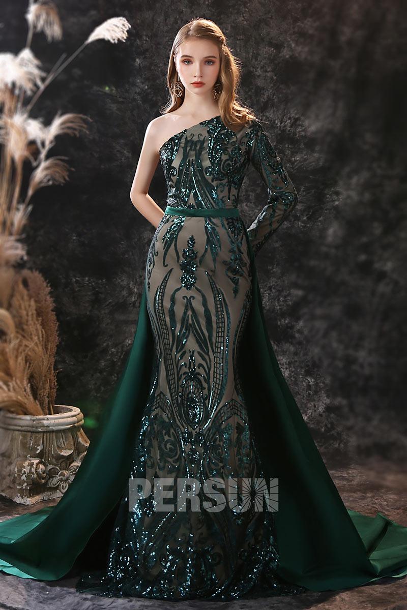robe soirée sirène vert foncé en dentelle de sequins décolleté asymétrique