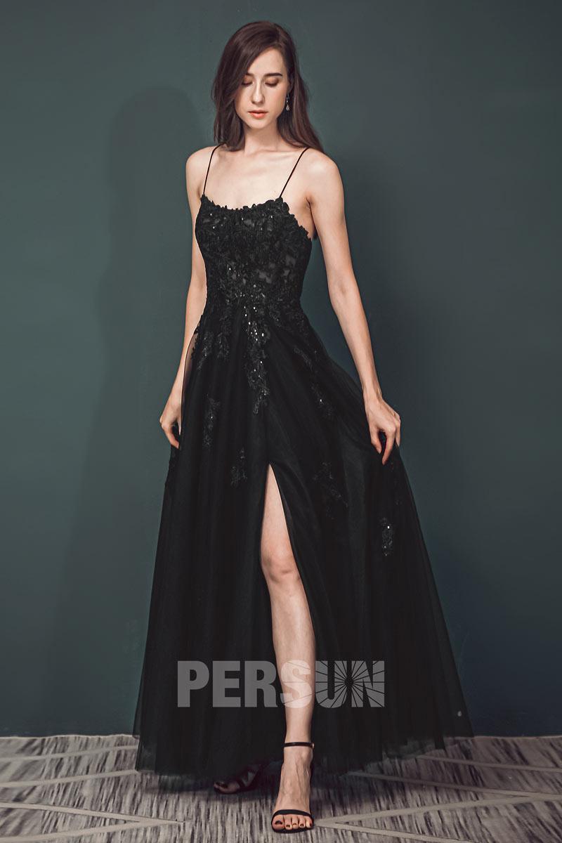 Robe de bal fendue noire appliquée de dentelle guipure