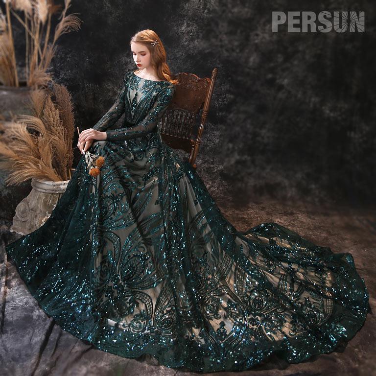 robe de soirée longue vert col bateau avec manche longue en paillettes