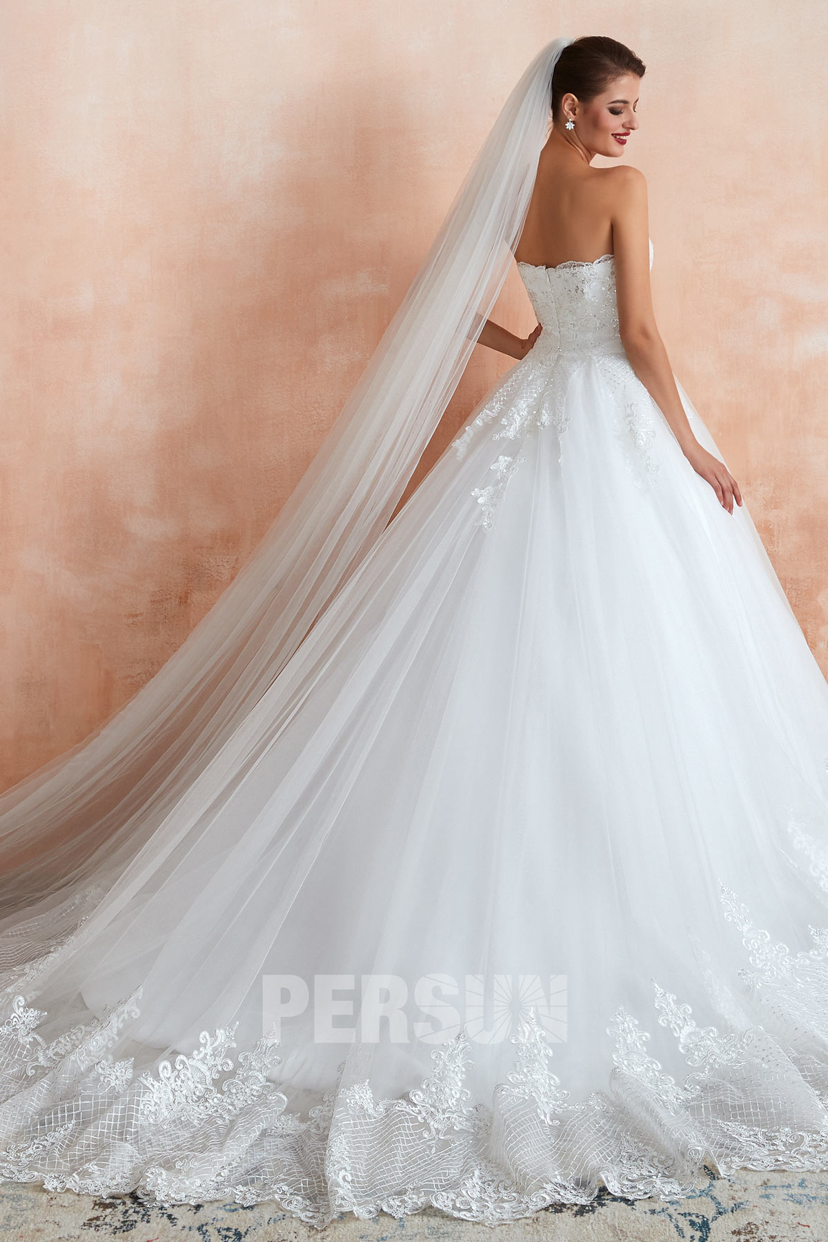 robe mariée princesse combinée avec voile de mariée long en tulle