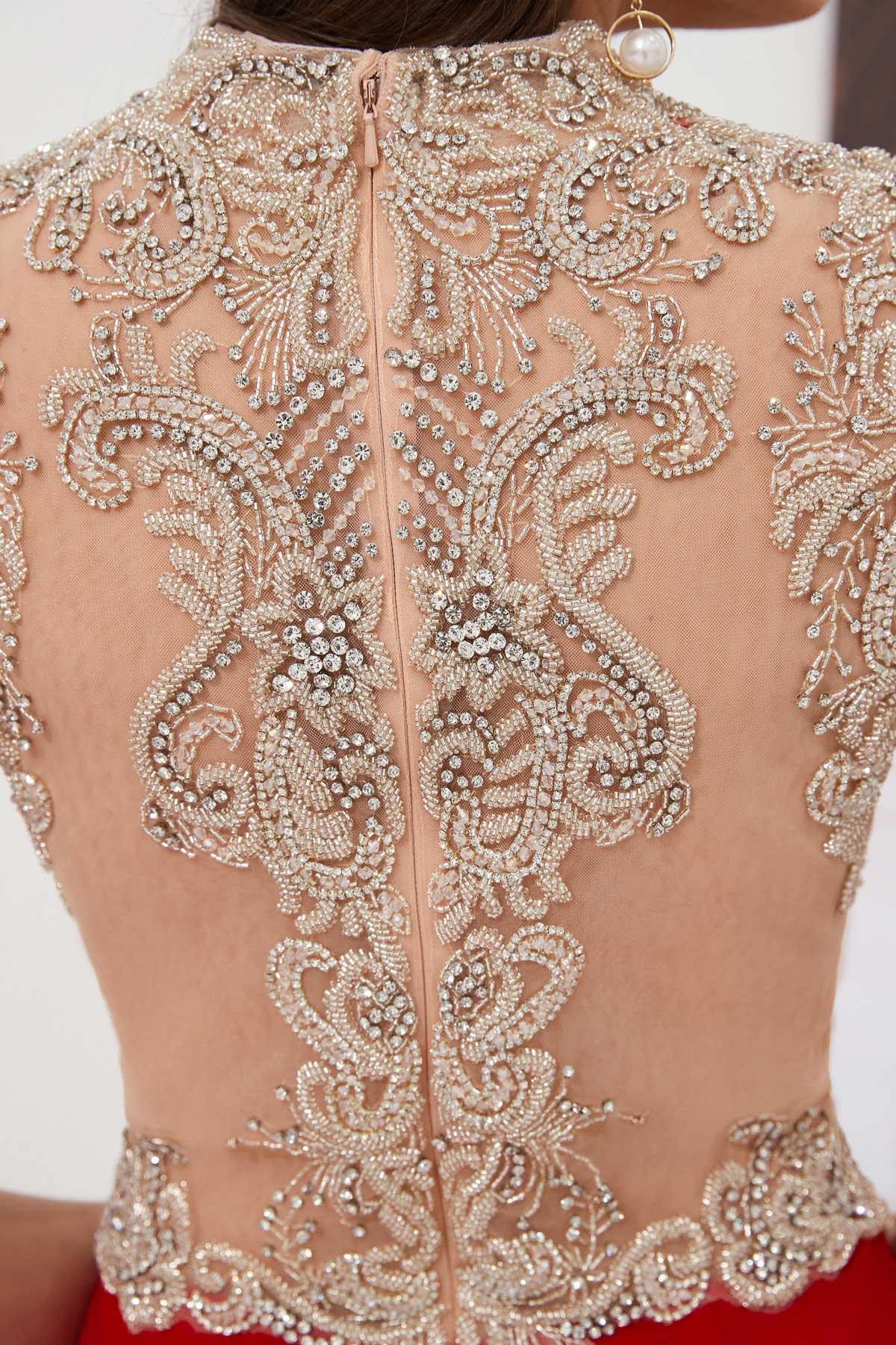 Sexy robe de soirée 2020 sirène délicatement brodé avec jeu de transparence