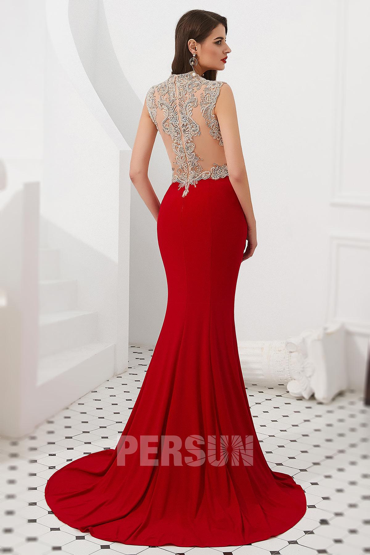 robe de soirée rouge col v dos transparent embelli de strass effet tatouage