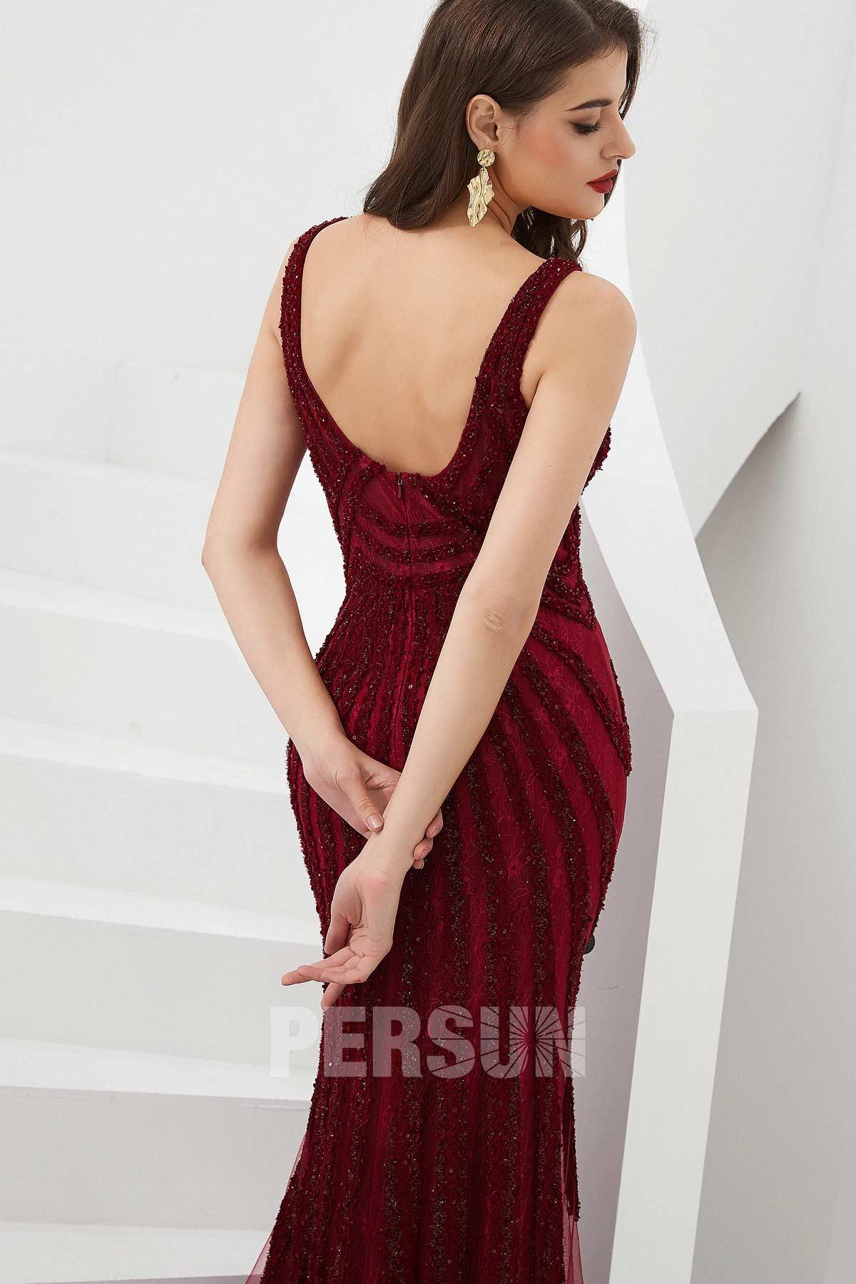 robe de soirée sirène bordeaux dos nu en dentelle embelli de strass