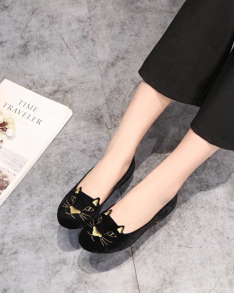 chaussures femme plates noire avec broderie