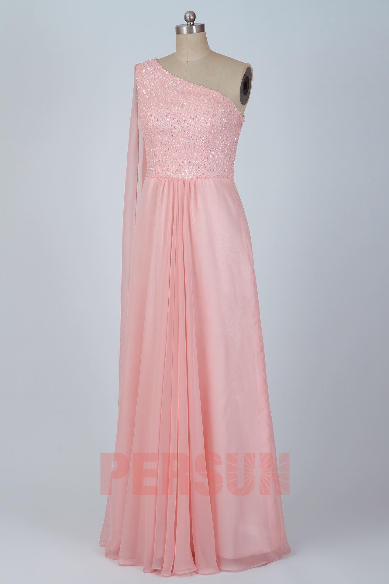 Soldes robe de bal rose asymétrique taille 40