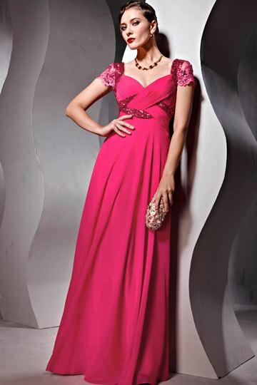 Robe de soirée rose fuchsia ornée de bijoux en mousseline de soie à encolure décolletée en coeur aux manches courtes