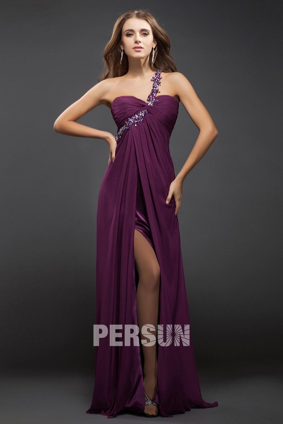 robe de soirée empire violette fendue longue asymétrique bustier plissé embelli de strass de fleurs