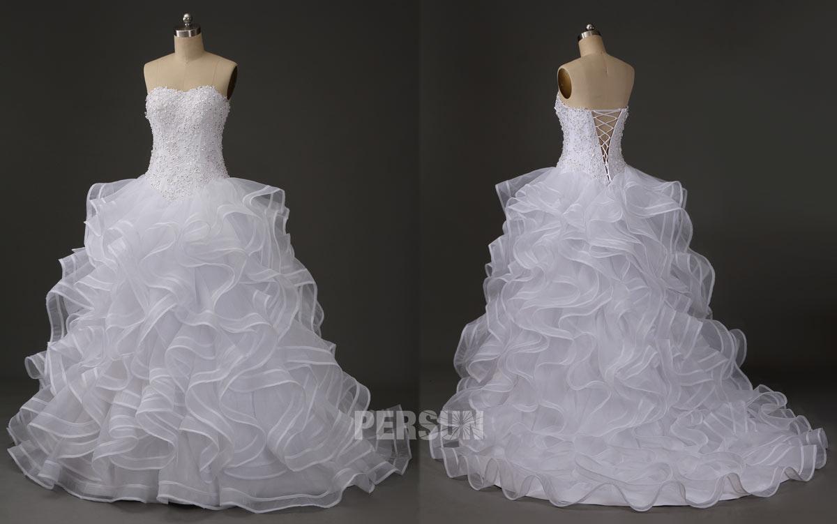 robe de mariée princesse bustier coeur brodé de dentelle jupe à volants