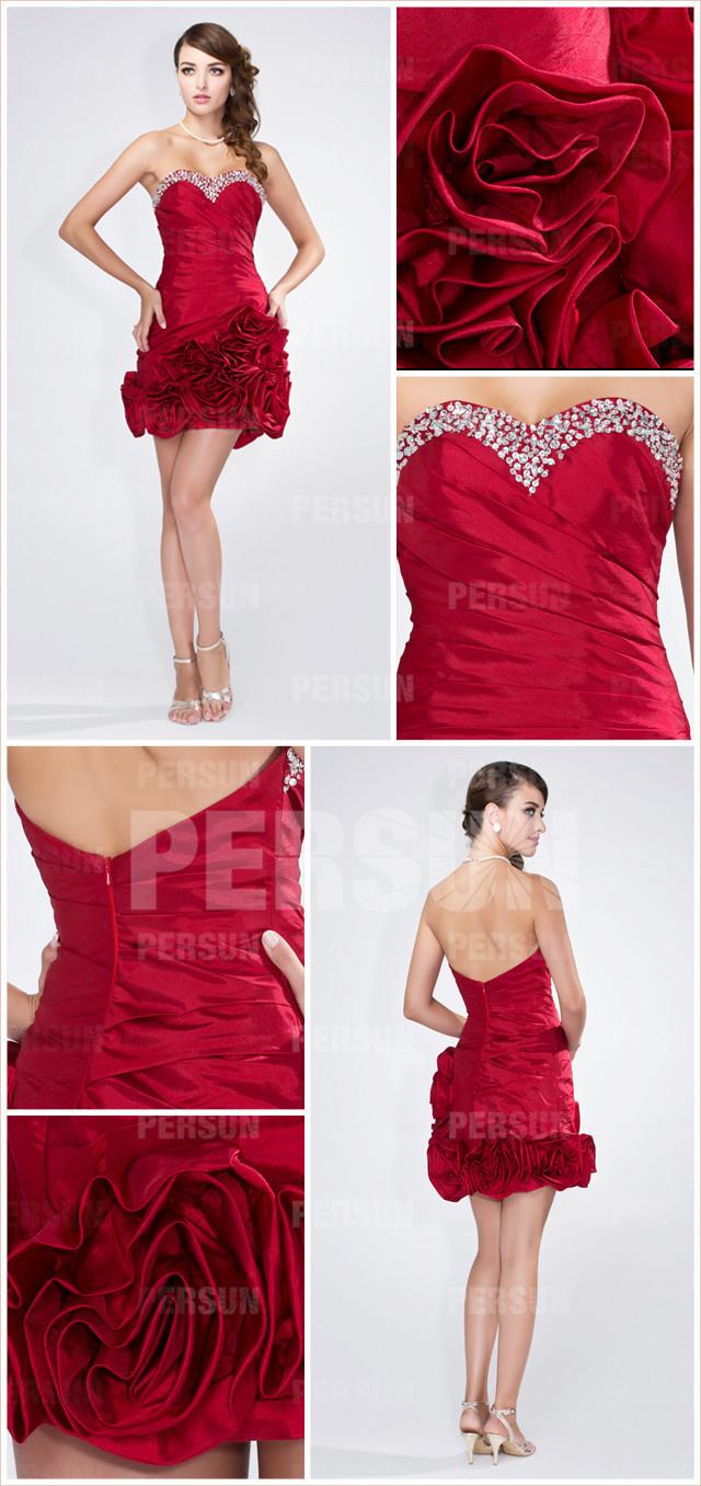 petite robe rouge cocktail moulante à bustier coeur orné de bijoux & jupe avec fleurs fait main