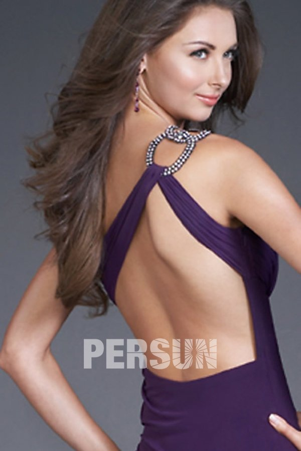 robe violette dos nu