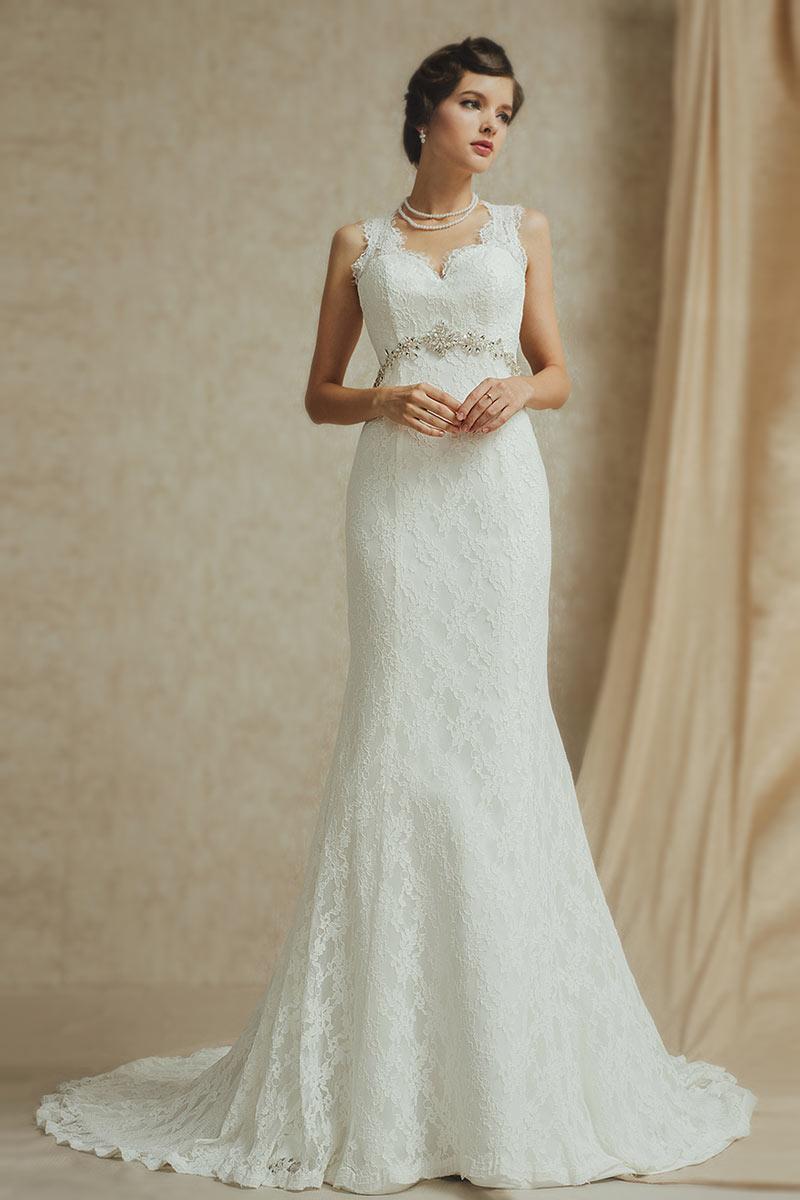 robe de mariée sirène luxe à bretelle en dentelle taille embelli de bijoux avec traîne
