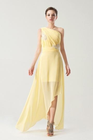 Robe jaune de soirée 2014 ruchée asymétrique ornée de bijoux