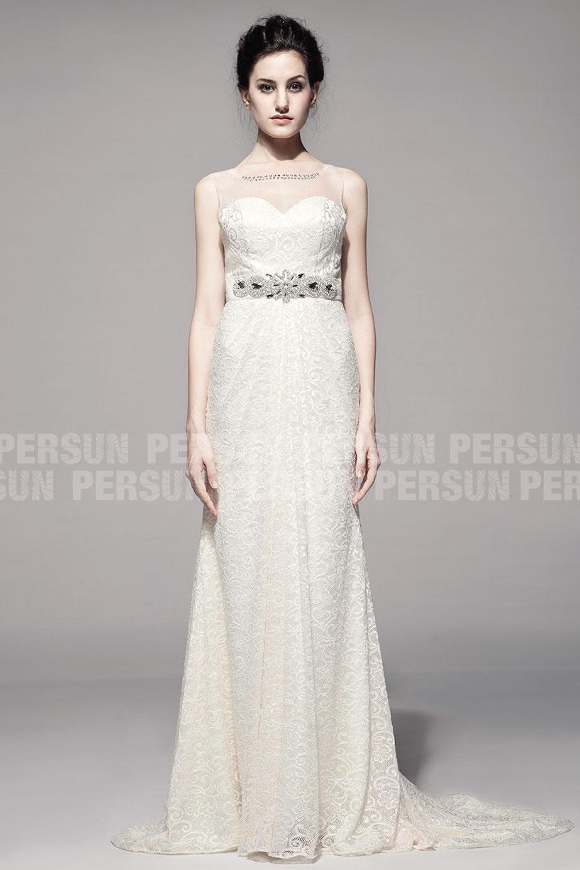 robe de mariée colonne longue encolure illusion en dentelle