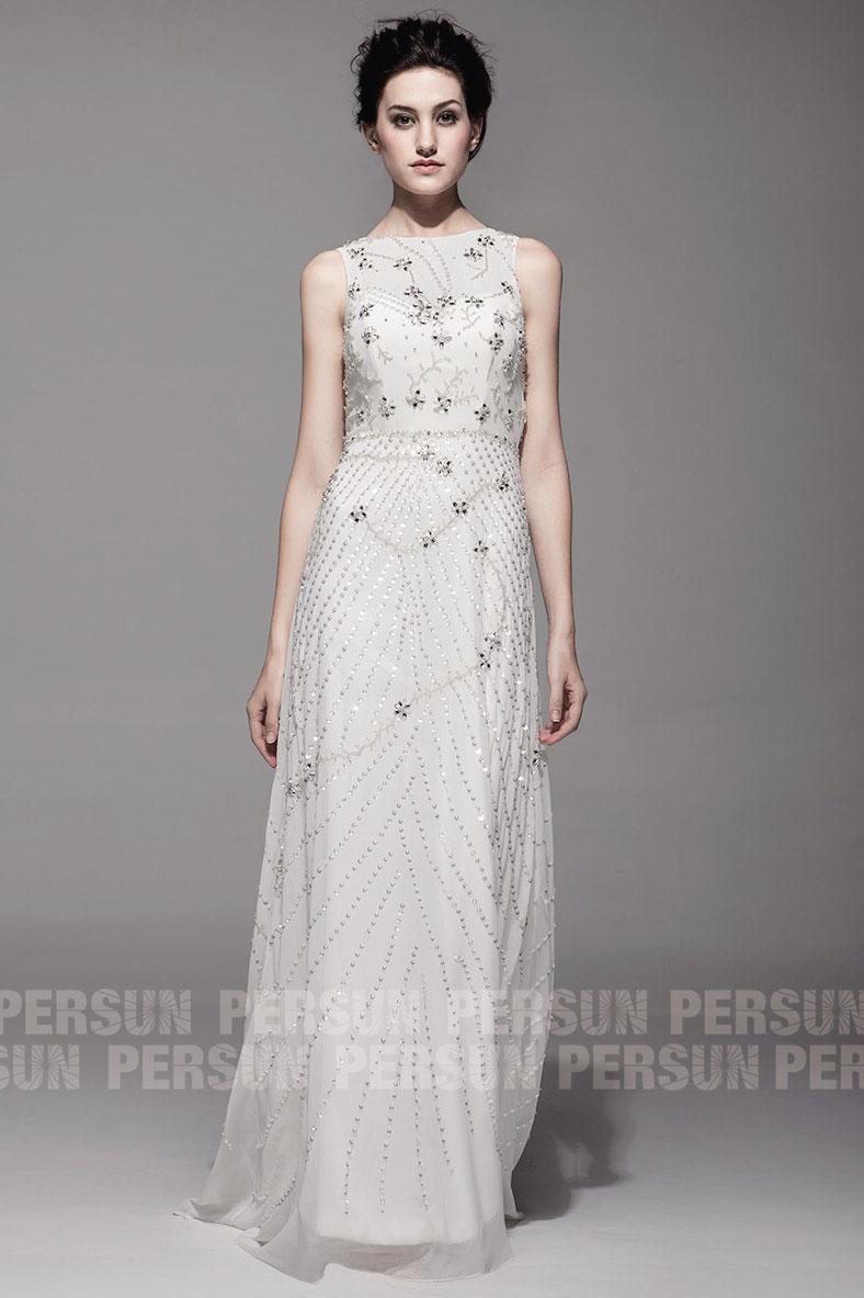 robe de mariée vintage ornée de bijoux