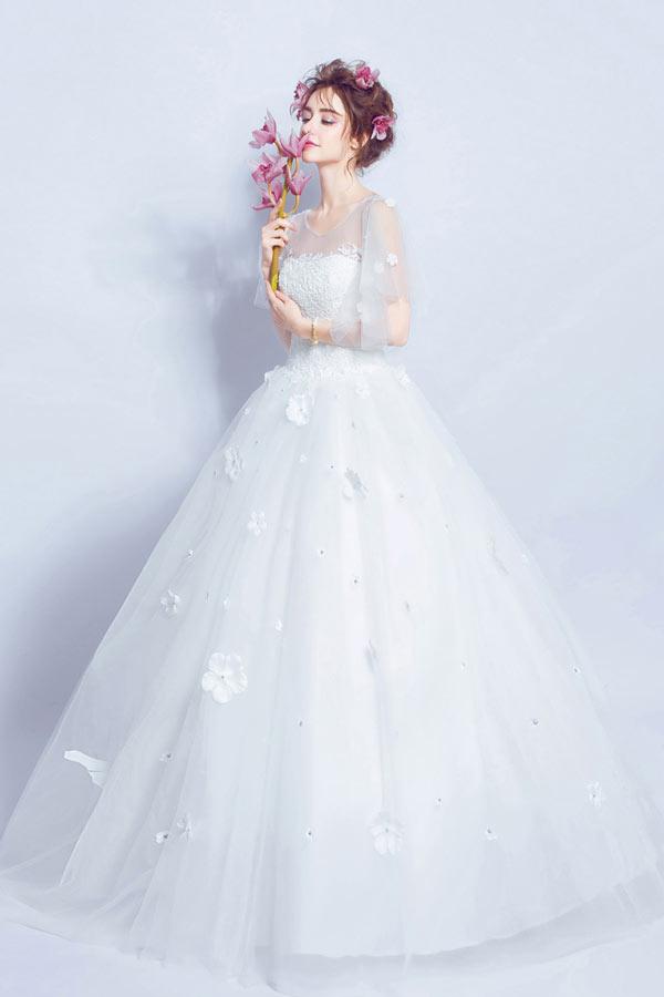 robe de mariée princesse appliquée dentelle de fleurs avec manche courte