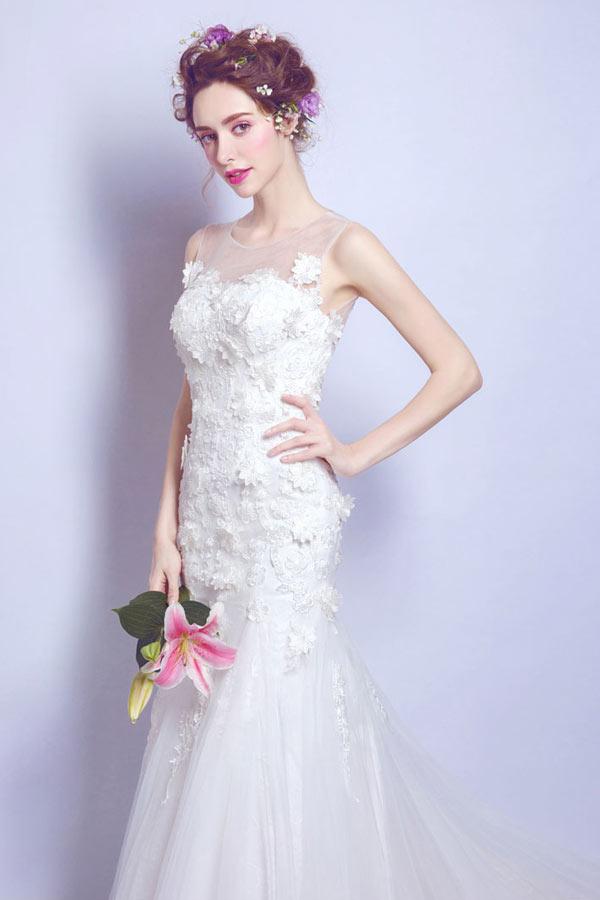 robe de mariée sirène col illusion embelli de dentelle florale 3D