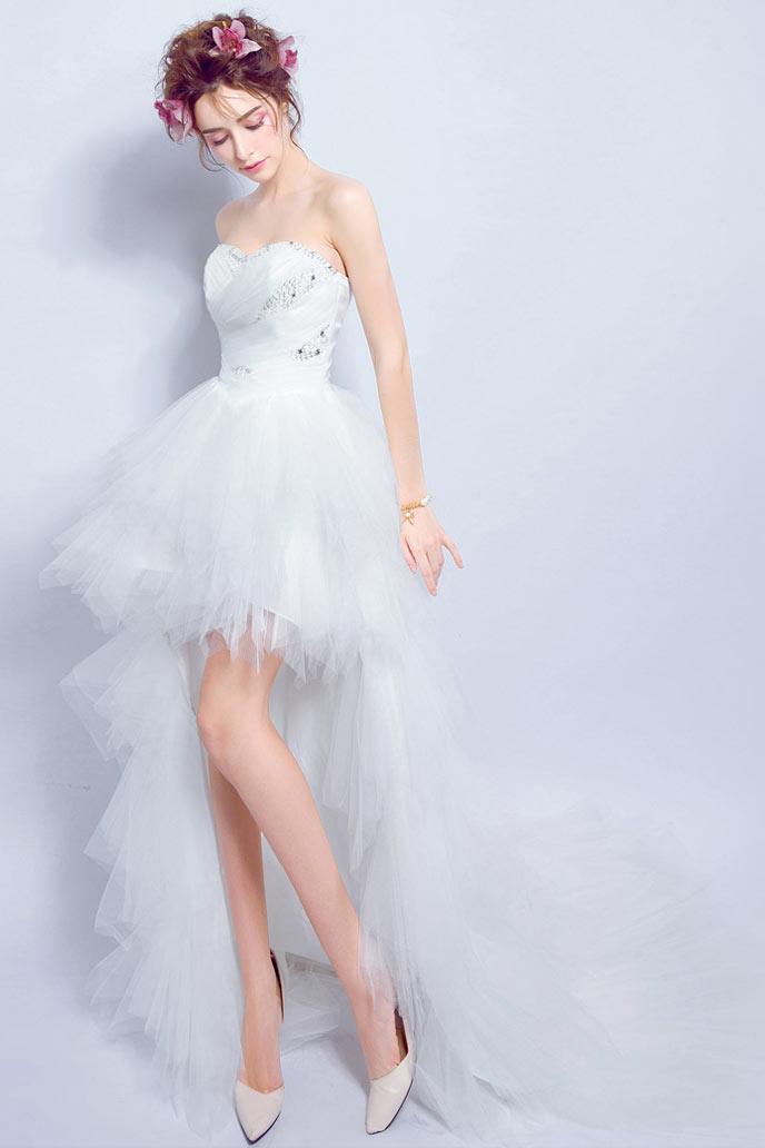 Robe mariée bustier coeur ornée de strass