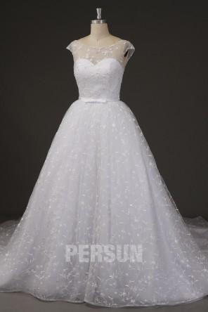 Robe de mariée dentelle col oval & dos découpé style princesse