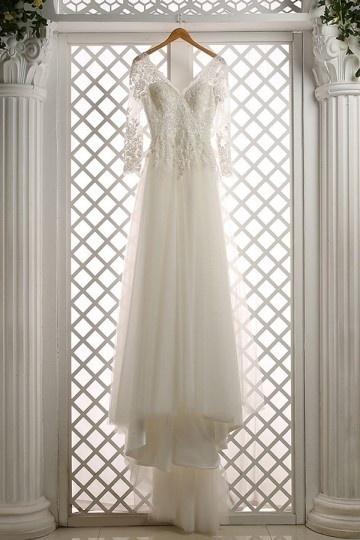 robe de mariée bohème col en V
