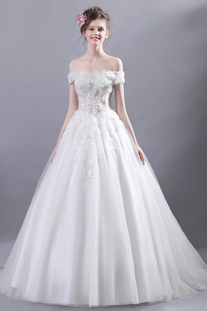 robe de mariée princesse épaule dénudée haut illusion embelli de dentelle florale