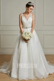 Modernes Brautkleid V-Ausschnitt rückenfrei mit Gürtels Perlen 2019