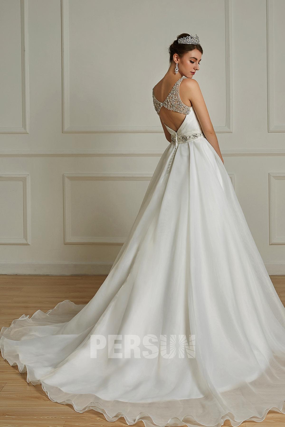robe de mariée dos d.coupé embelli de strass