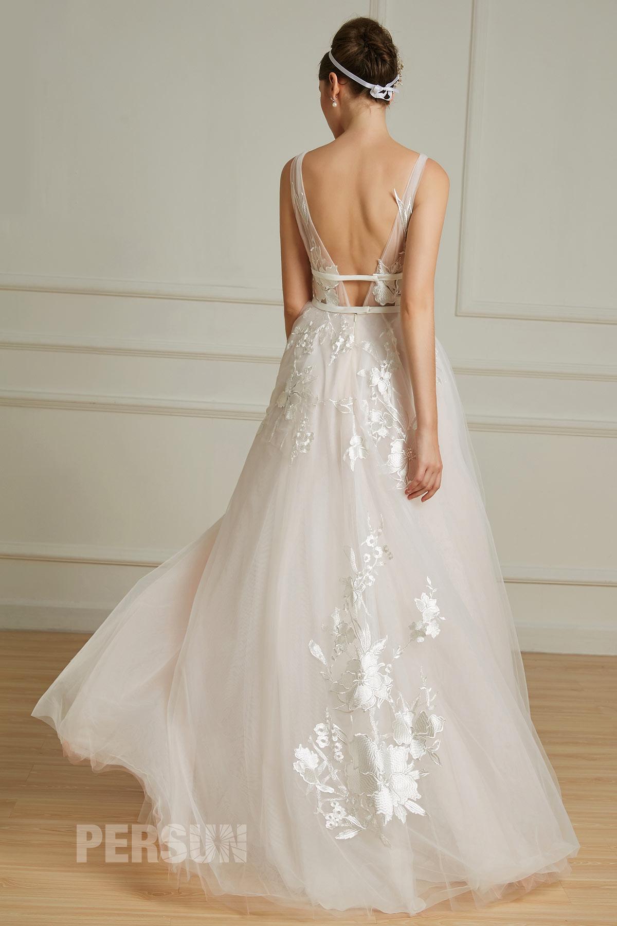 robe de mariée rose pâle sexy dos ouvert décolleté en V
