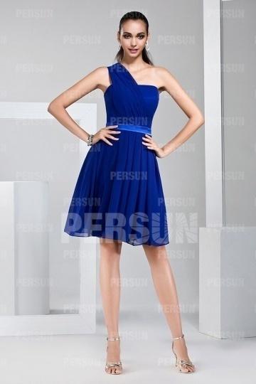 Robe courte asymétrique bleu royal pour cocktail de mariage