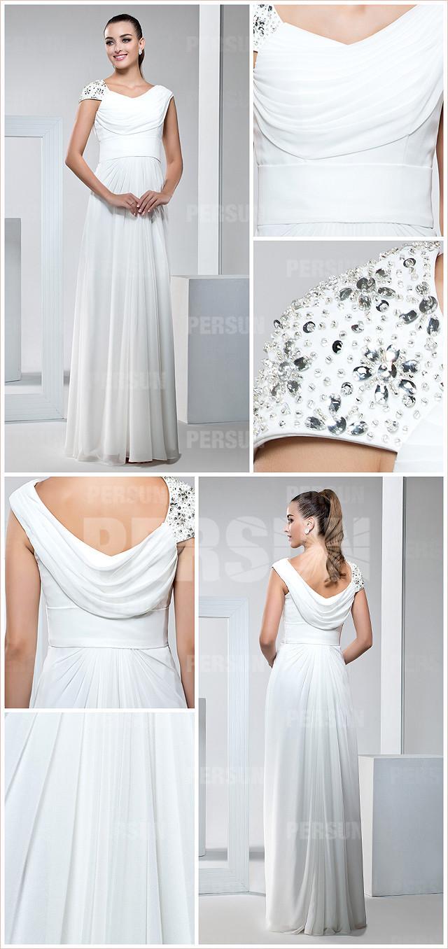 Robe longue de fiançailles blanche col asymétrique épaule brodée de bijoux et sequin