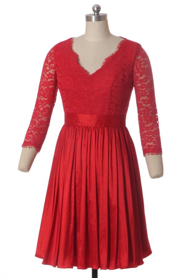 Robe rouge courte en dentelle décolleté V à manches