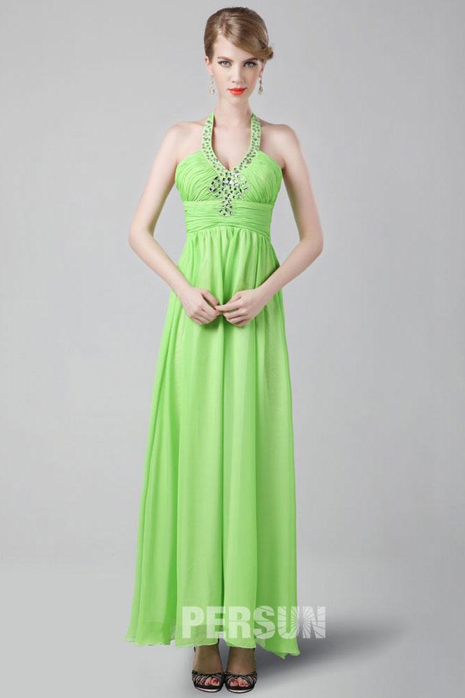 Robe de bal verte à bretelle autour du cou
