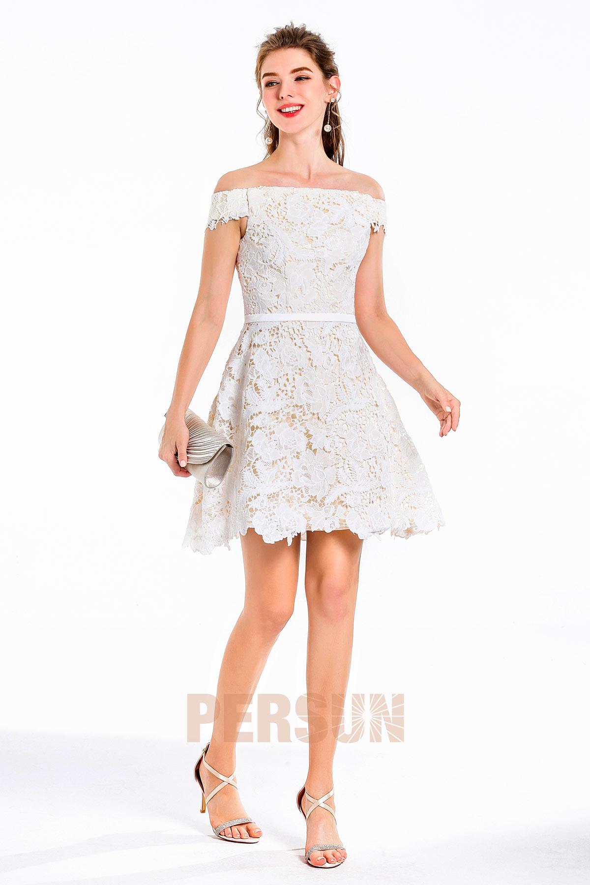 robe soirée courte dentelle guipure épaule dénudée doublure champagne