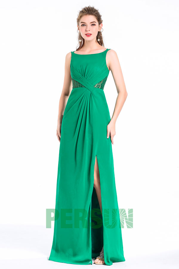 Robe fendue habillée vert herbe à côte en dentelle