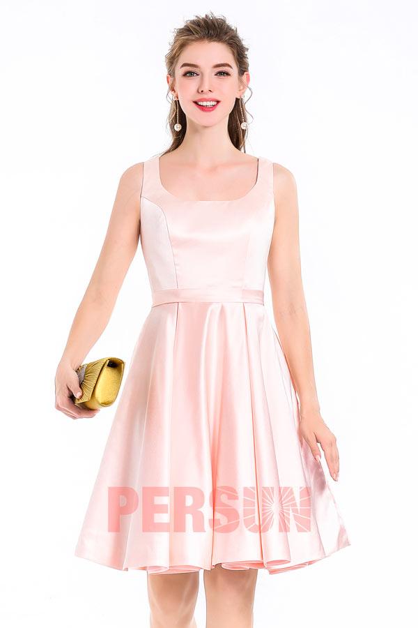 robe de cocktail courte en satin rose pâle pour mariage invité