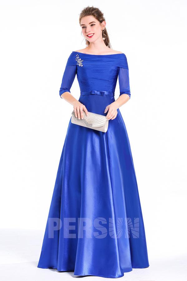 robe de soirée bleu roi simple col bateau bustier plissé manches mi-longue embelli de bijoux