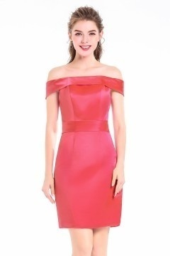 Robe cocktail fourreau rose bonbon épaule dénudée