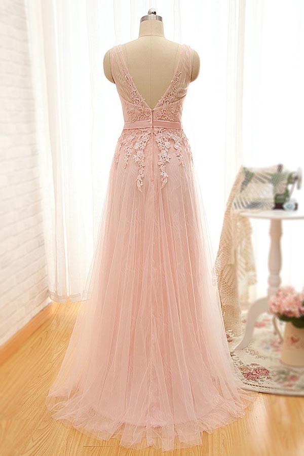 tenue robe rose nude en tulle dos décolleté en V pour soirée mondaine