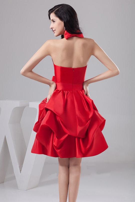 Tendance robe rouge volantée à haut sexy pour soirée