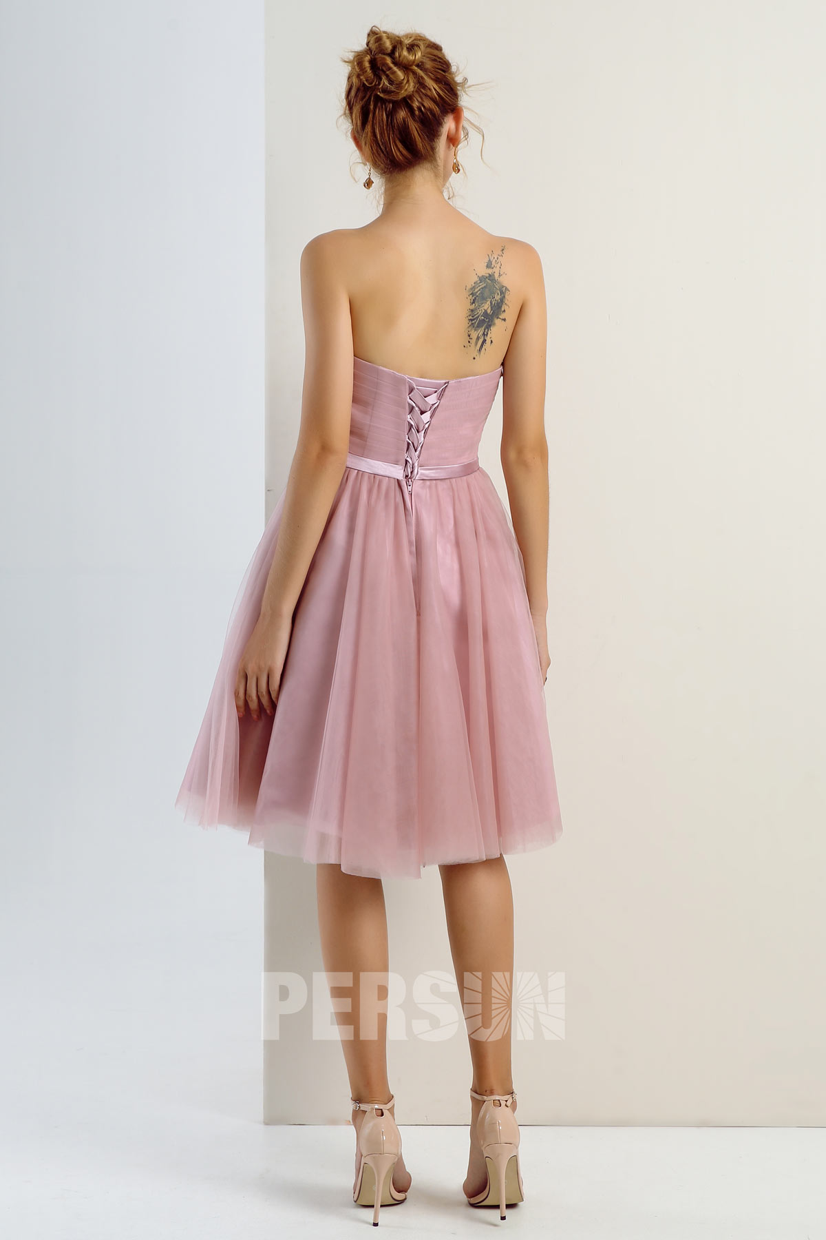 Robe cocktail mariage rose carnation bustier droit en tulle