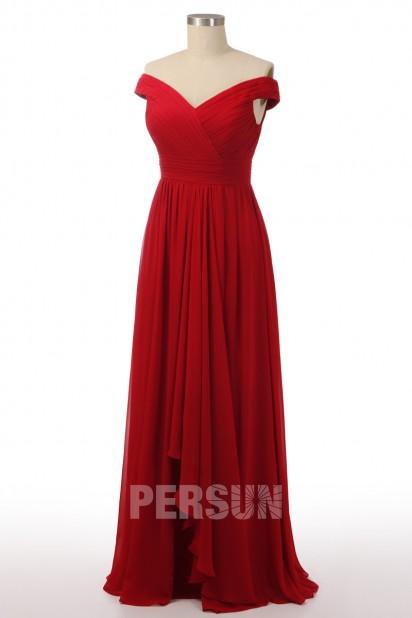 Robe de soirée rubis mousseline épaule dénudée à jupe cascade