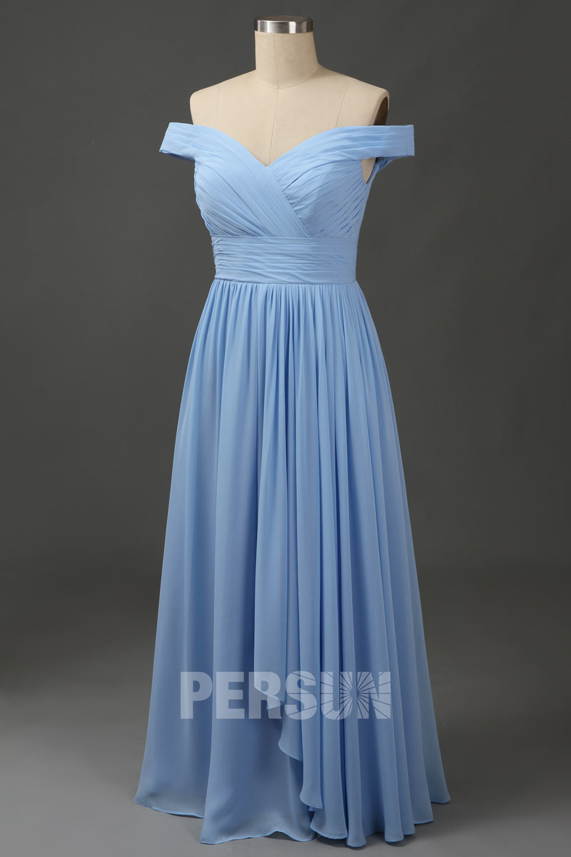 robe de soirée bleu azur longue épaule dénudée à jupe cascade
