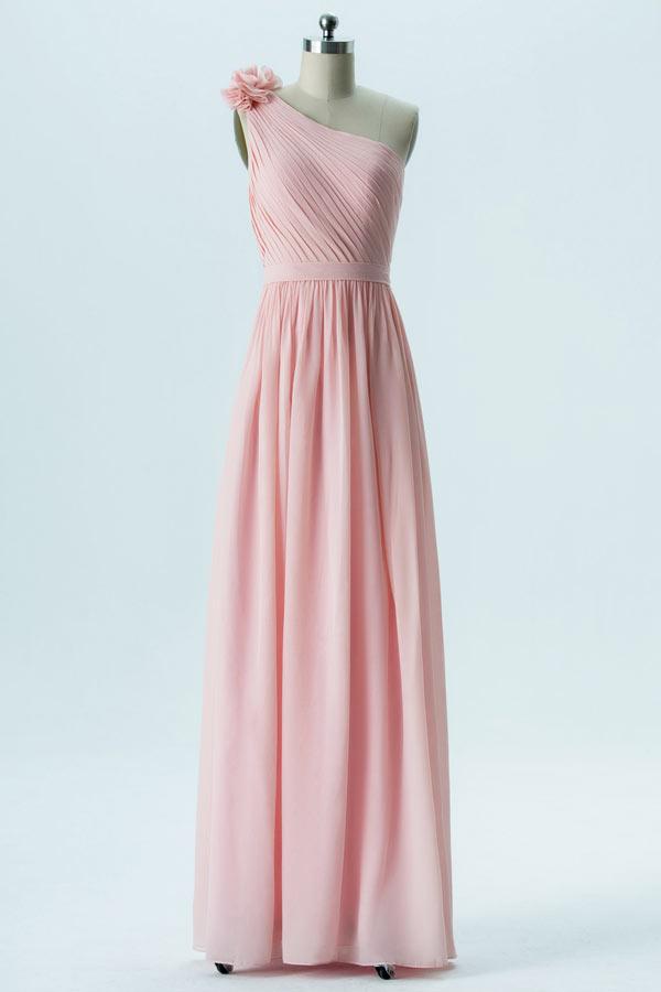 Robe longue asymétrique rose pâle épaule fleurie pour demoiselle dhonneur