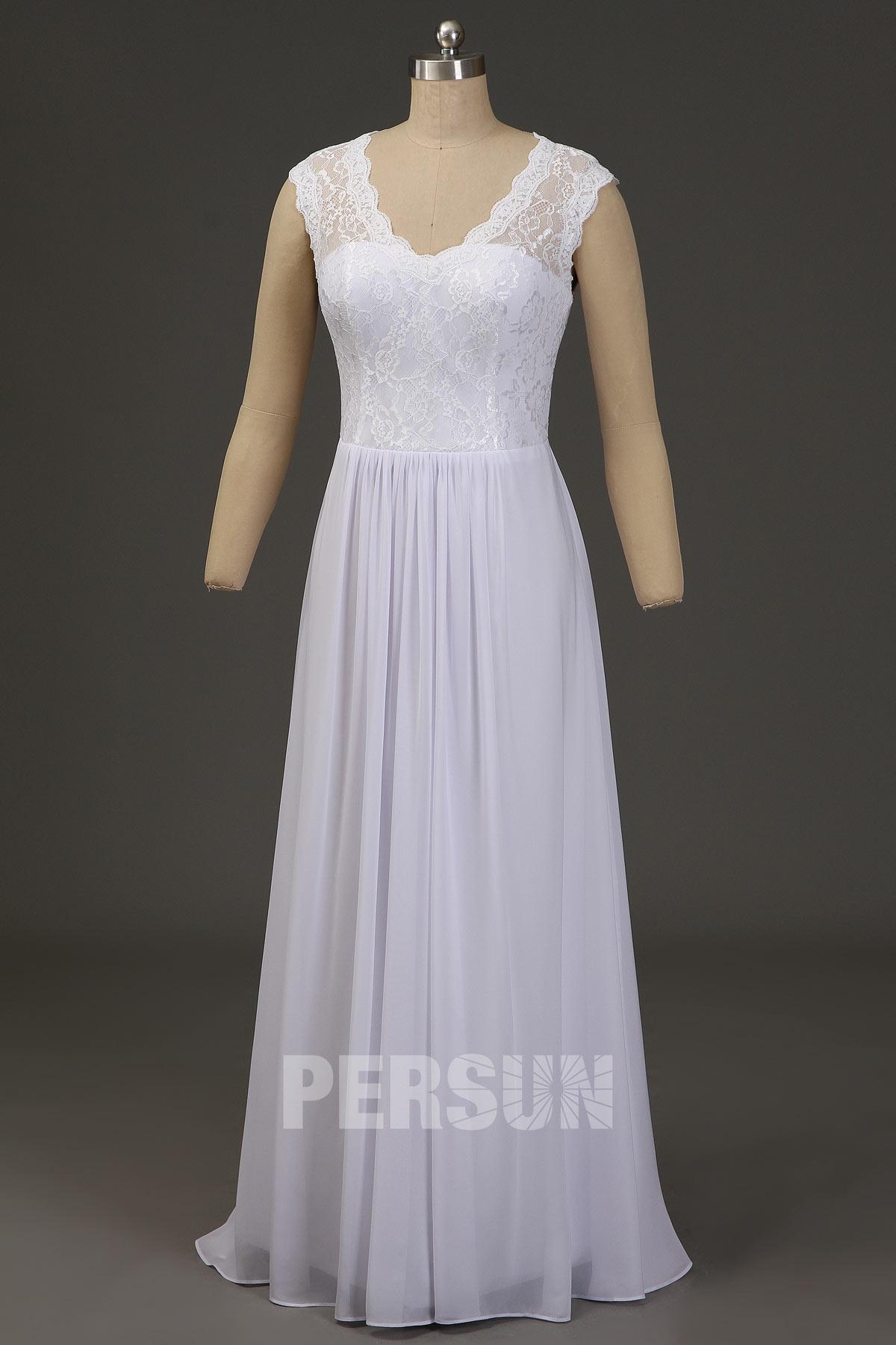 robe de mariée longue simple haut en dentelle