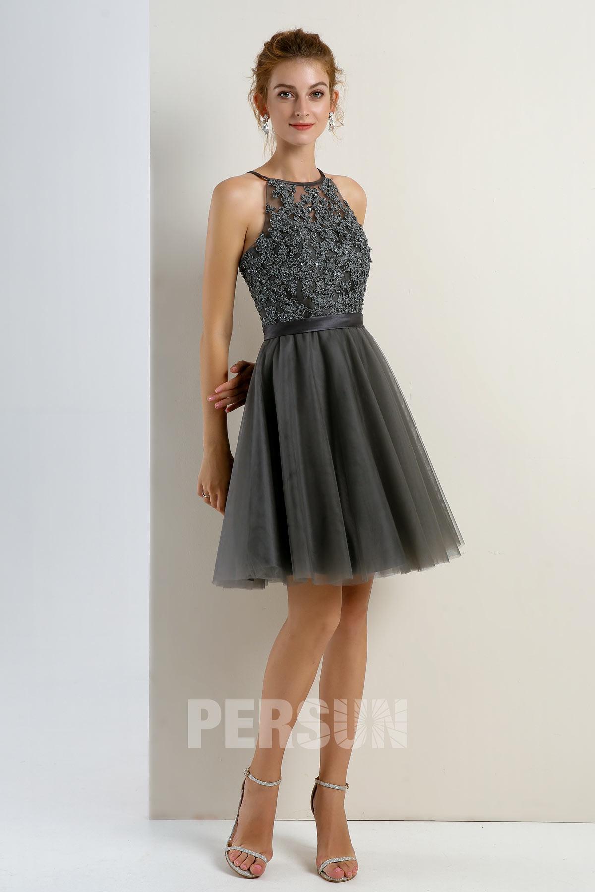 robe soirée courte tulle gris foncé col halter à haut appliqué de dentelle
