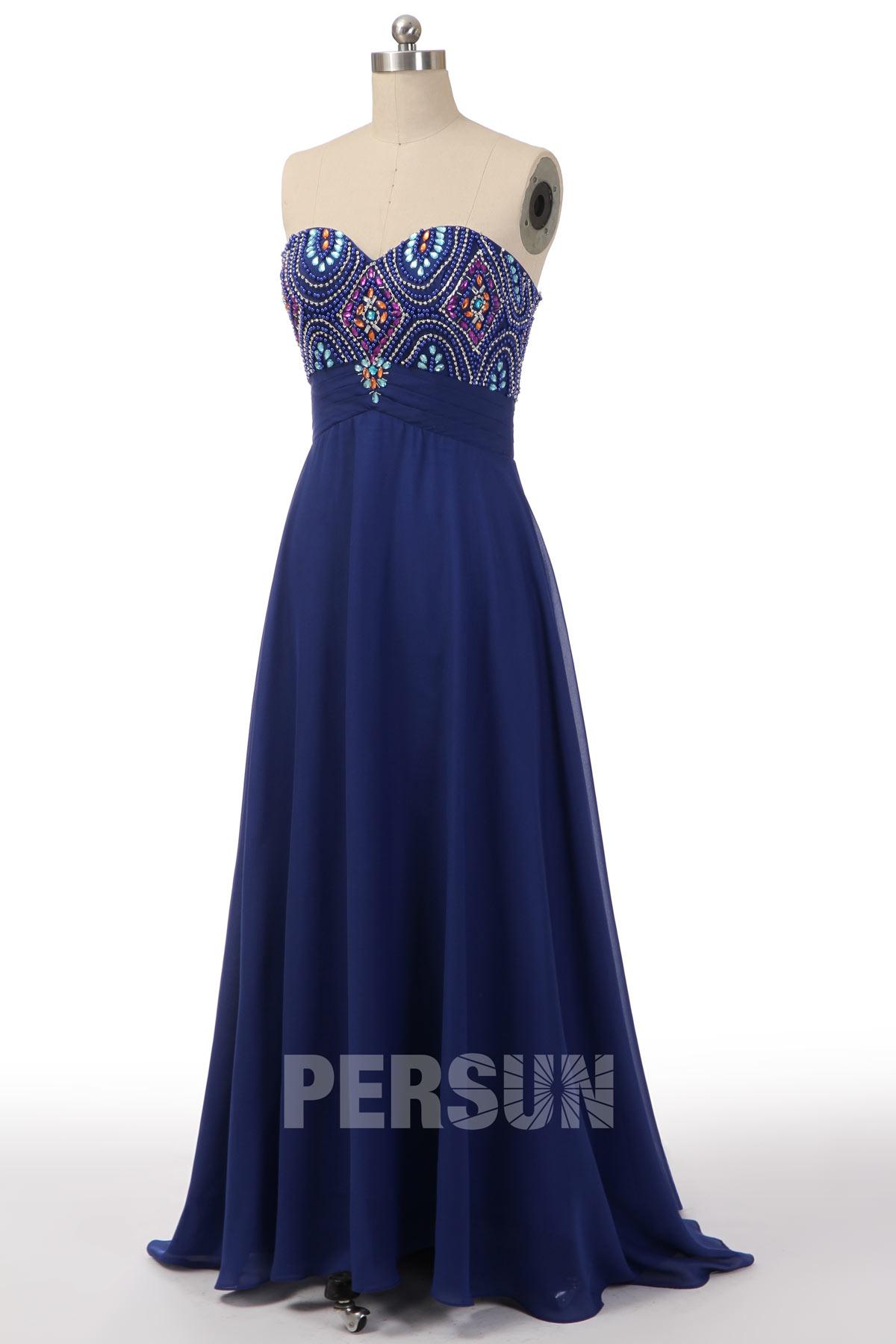 robe de soirée bleu longue bustier coeur orné de strass coloré