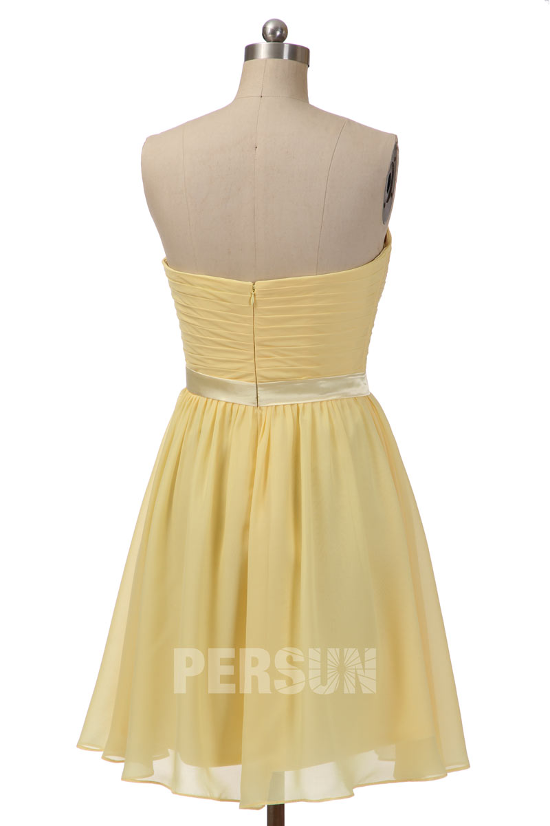 Robe cocktail mariage jaune pastel courte bustier coeur plissé à noeud