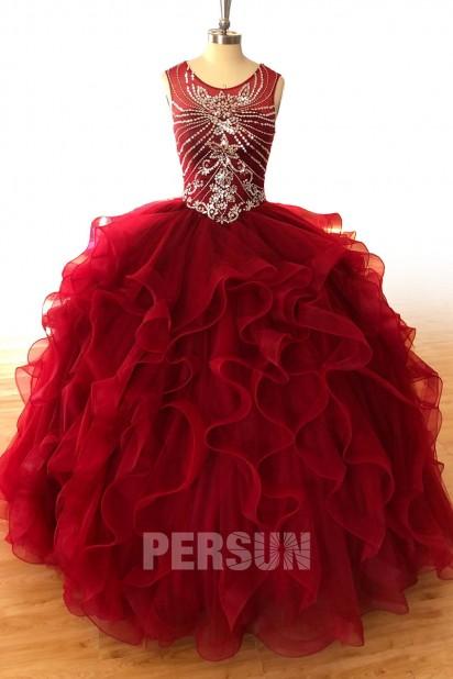 Robe de mariée princesse bordeaux à bustier brodé de bijoux jupe volumineuse