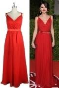 Robe longue rouge Selena Gomez à col V