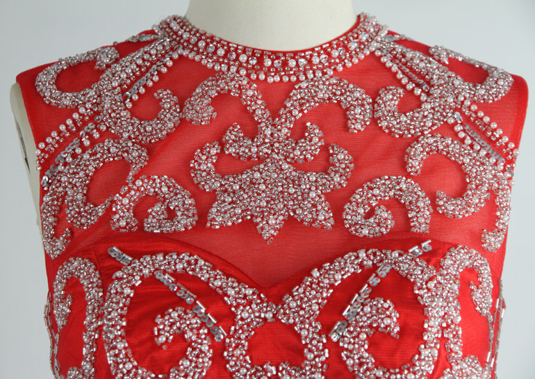 robe haut sequins rouge