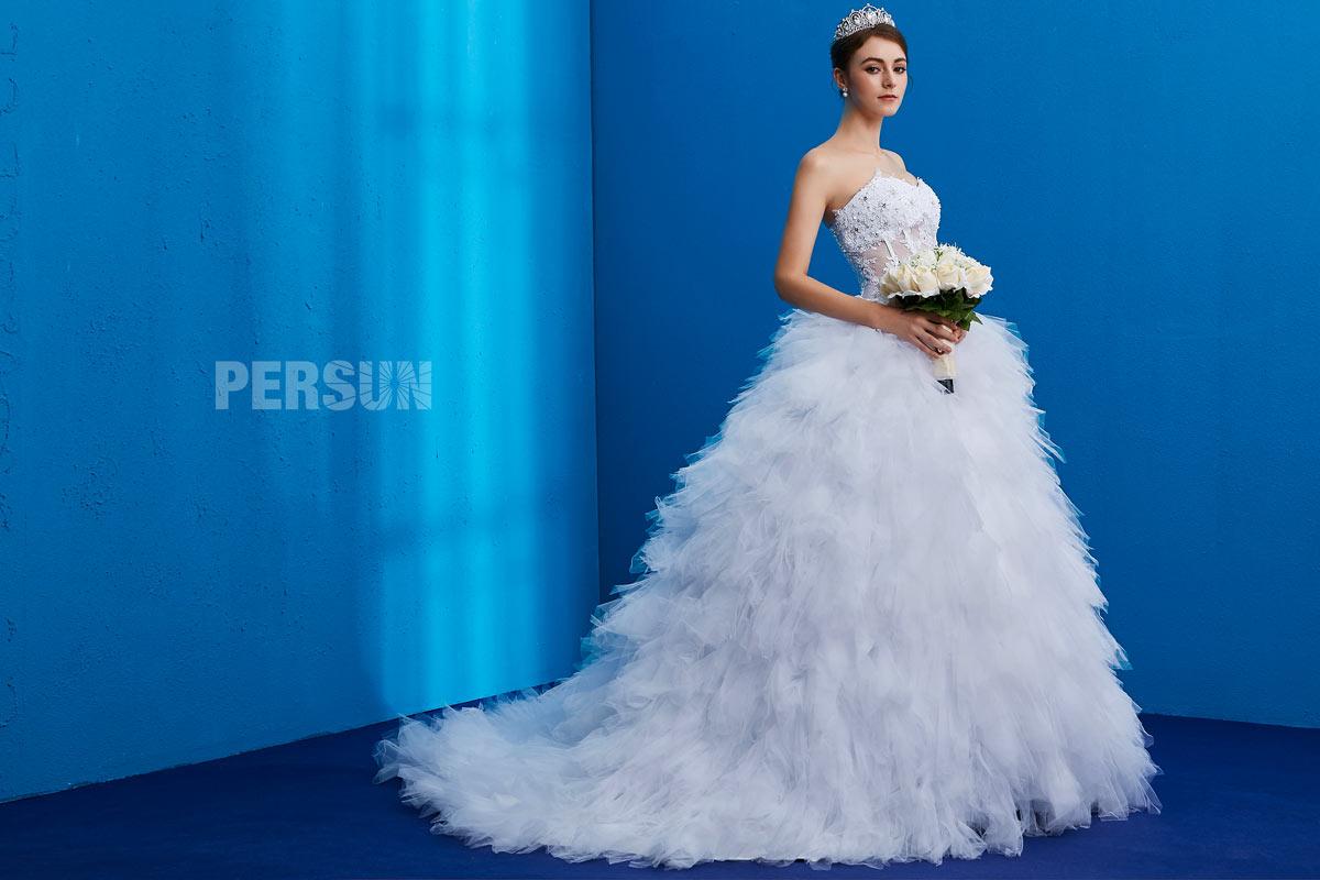 Robe de mariée à jupe froufrou coupe princesse taille transparente